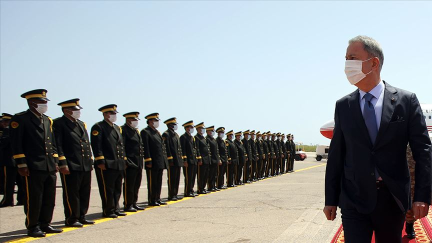 Milli Savunma Bakanı Akar ve Orgeneral Güler Trablus'ta