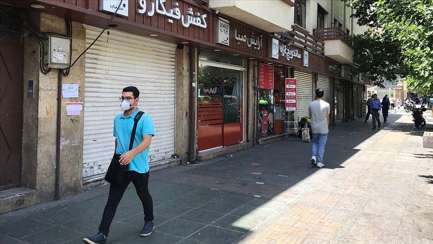 İran'da maske yarından itibaren zorunlu olacak!