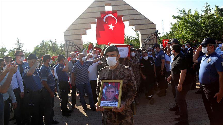 Şehit Özel Harekat Polisi Muhammet Demir son yolculuğuna uğurlandı
