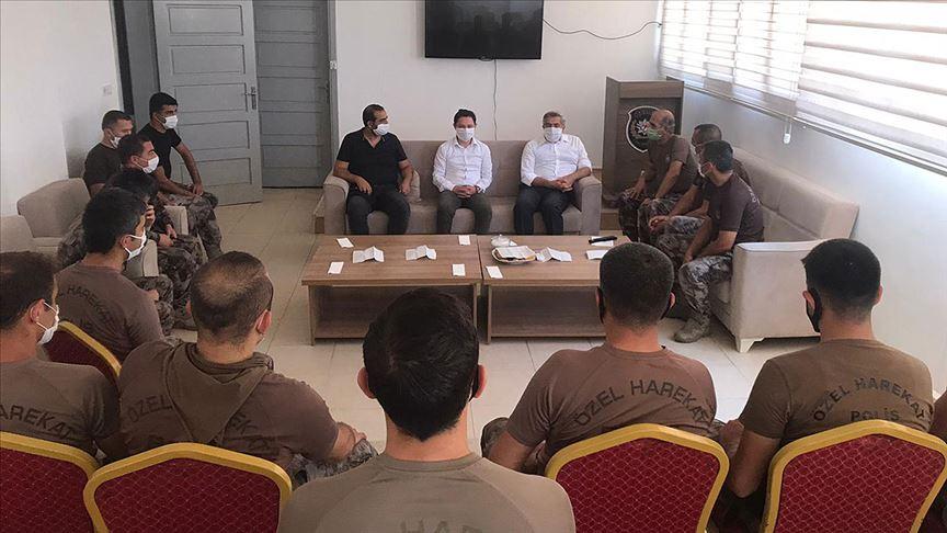 Soylu, Afrin'deki güvenlik görevlilerinin bayramını kutladı!