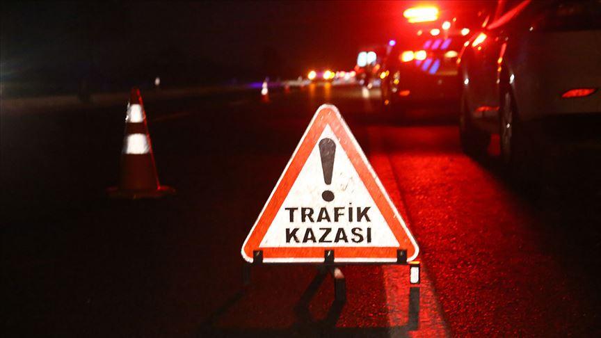 Bayramın dördüncü gününde meydana gelen trafik kazalarında 15 kişi hayatını kaybetti