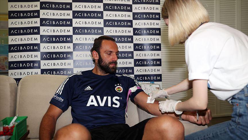 Fenerbahçe Futbol Takımı'nda sağlık kontrolleri başladı