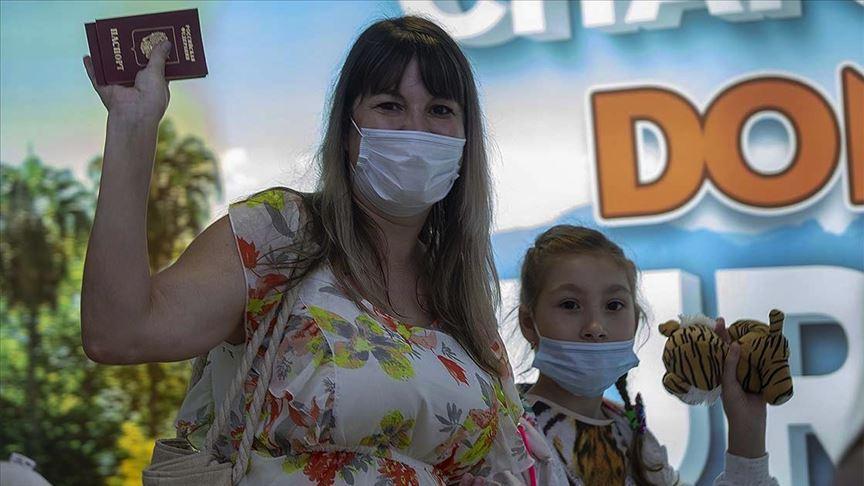 Antalya'ya ilk Rus turist kafilesi bugün geldi!