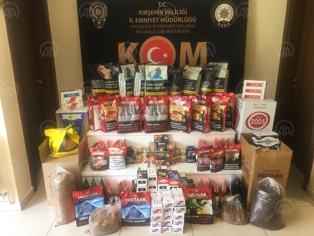 Kırşehir'de kaçak tütün piyasaya sürülmeden ele geçirildi