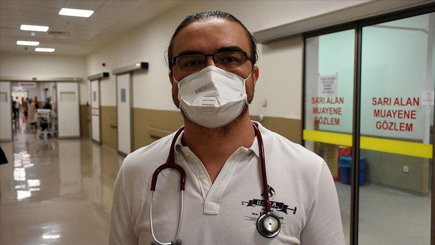 Kovid-19'u yenen doktor Silcan: Ağrılar yüzünden bağırıp çığlık attığım oldu!