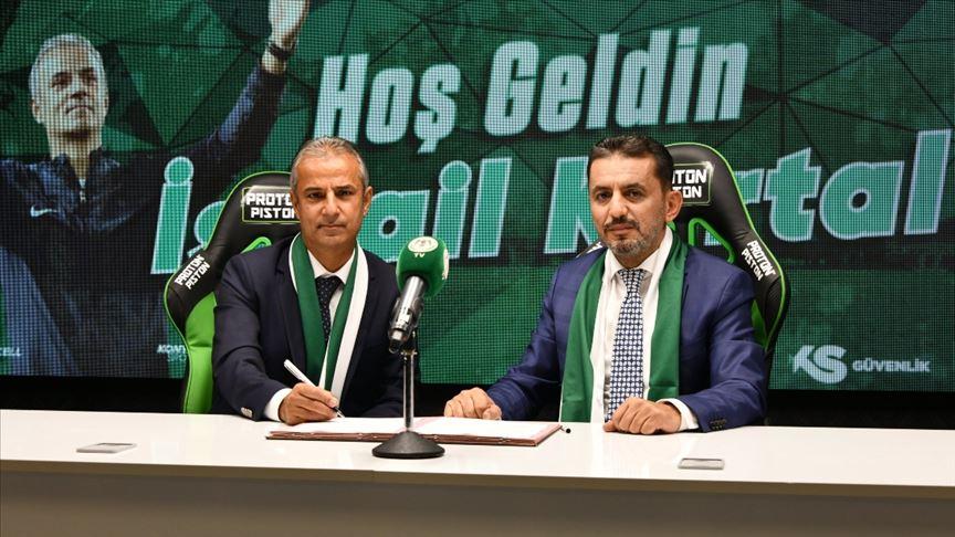 Konyaspor, teknik direktör İsmail Kartal ile sözleşme imzaladı!
