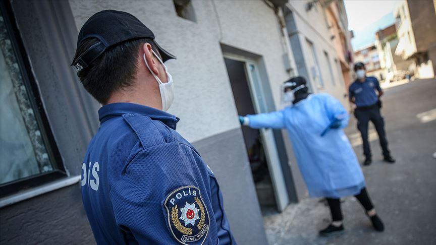 """""""22 Ağustos'tan bu yana 20 bin 94 kişinin izolasyon koşullarına uymadığı belirlendi"""""""