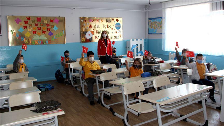 Yüz yüze eğitim anasınıfı ve ilkokul 1'inci sınıflarda başladı!