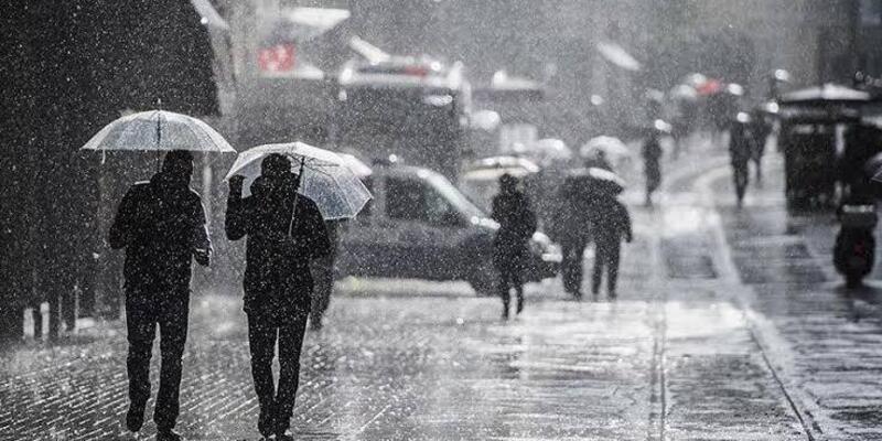 Meteorolojiden 3 il için gök gürültülü sağanak uyarısı geldi