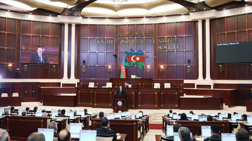 Azerbaycan'da 'savaş hali' ilan edildi!