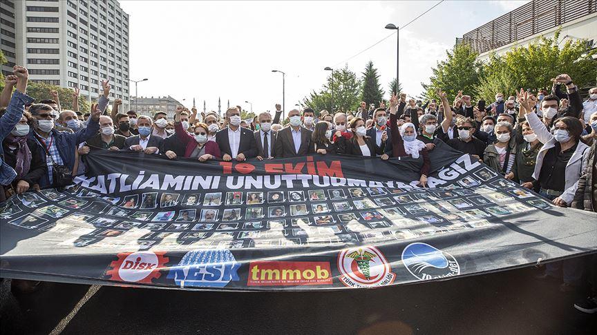Ankara Garı saldırısında hayatını kaybedenler anıldı!