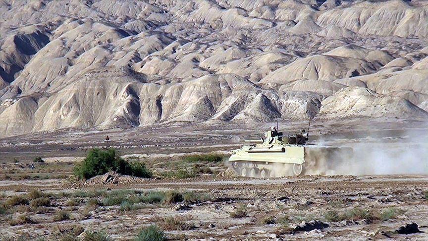 Azerbaycan ordusu Ermenistan'ın saldırı girişimlerini önledi!