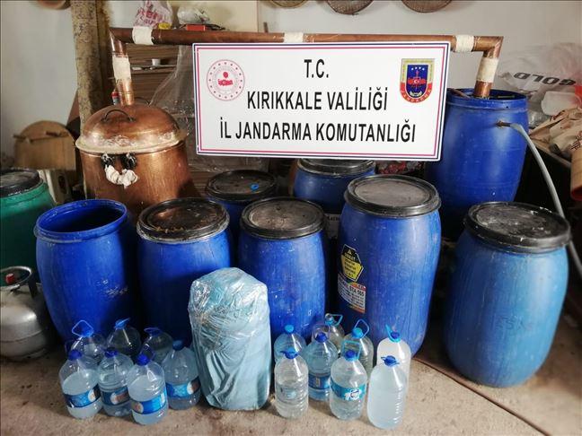 Kırıkkale'de 1150 litre sahte rakı ve şarap ele geçirildi!