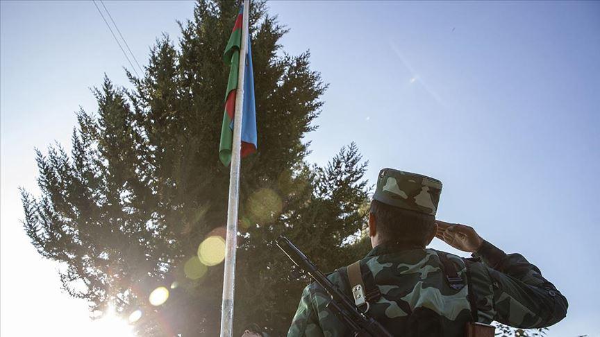 Ermenistan işgalinden kurtarılan Zengilan kentindeki karakollara bayrak çekildi