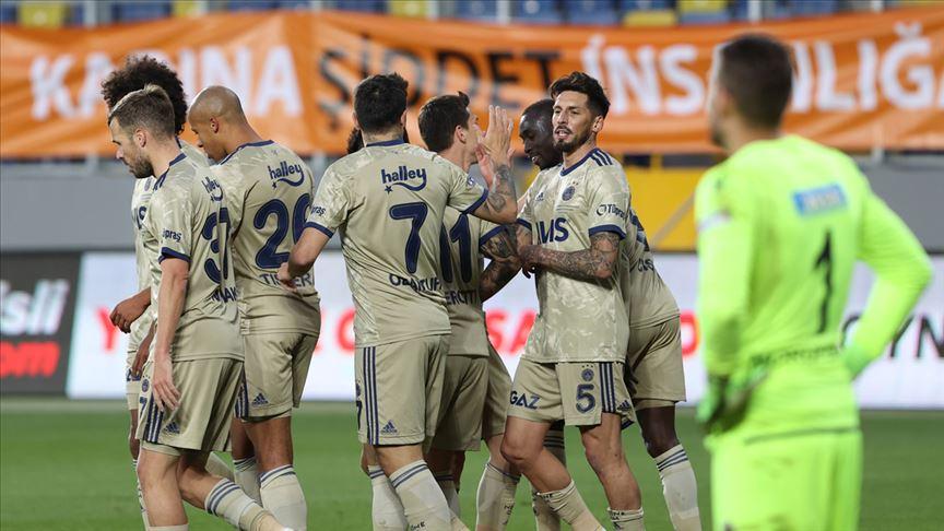 Fenerbahçe deplasman fobisini yendi!