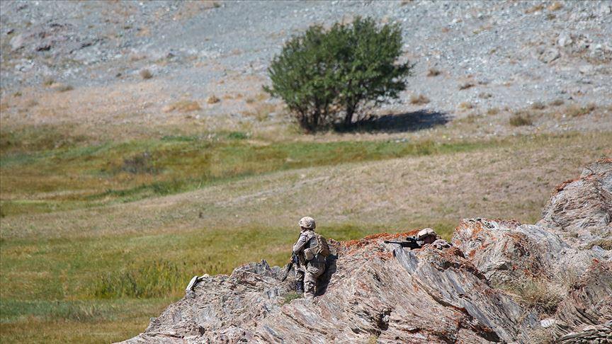 Mardin Dargeçit kırsalında 3 terörist silahlarıyla etkisiz hale getirildi