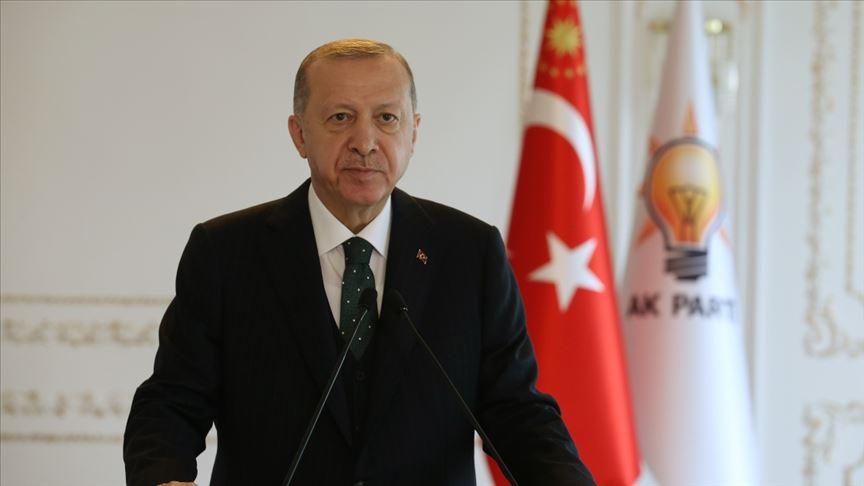 Cumhurbaşkanı Erdoğan: Batıyı veba gibi saran ırkçılıkla mücadelenin yolu güç birliği yapmamızdan geçiyor