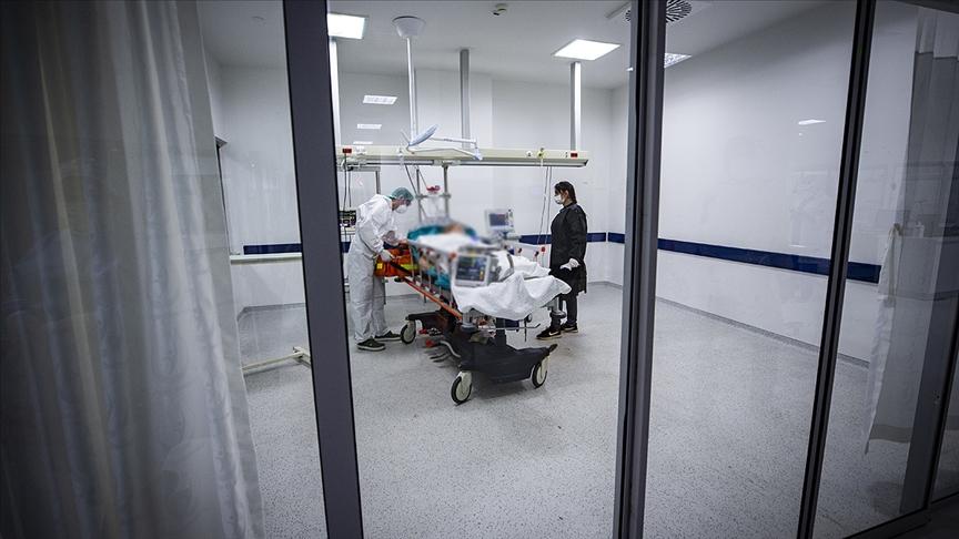 Türkiye'de Kovid-19'da günlük en yüksek vefat sayısı kayıtlara geçti!