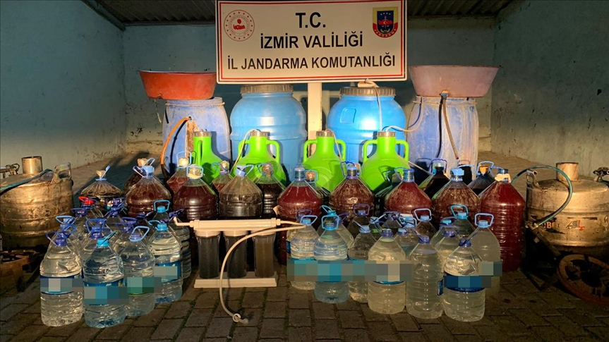 'İzmir'de Kaçak İçki Operasyonu'