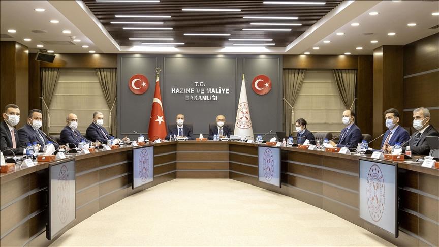 Hazine ve Maliye Bakanı Elvan ile Adalet Bakanı Gül, MÜSİAD yönetimiyle bir araya geldi