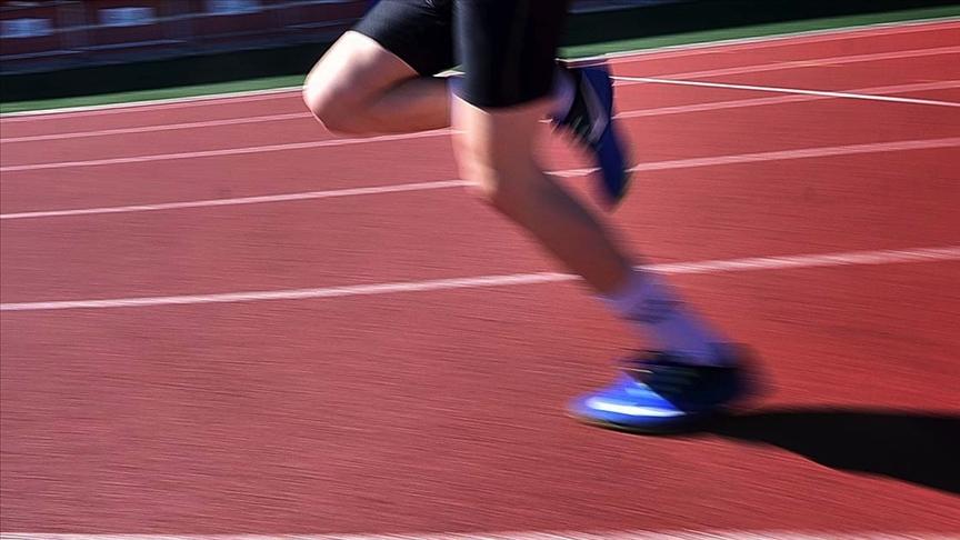 Milli sporculara ortaöğretimde de yüzde 100 burs imkanı tanıyacak protokol imzalandı