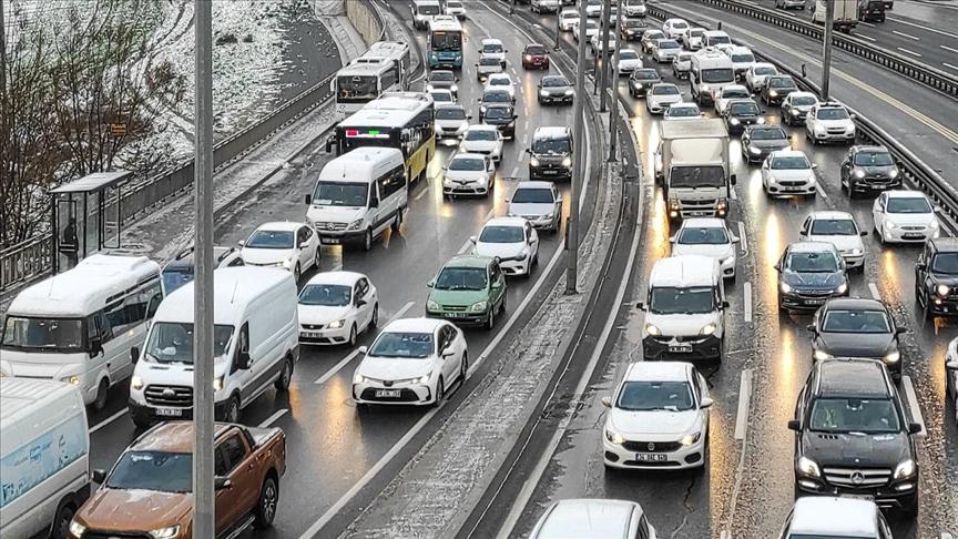 İstanbul'da trafik yoğunluğu yaşanıyor..