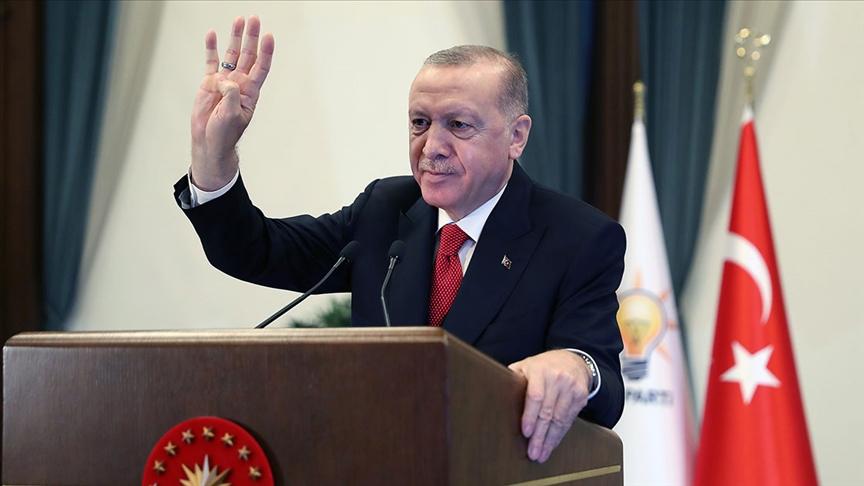 Erdoğan: Milletten demokrasinin kurallarıyla alamadıkları yetkinin gaspla takdimini bekleyenler çok bekler