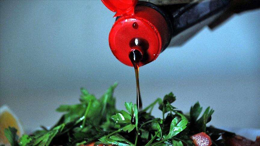 Nar ekşisi izlenimi veren narlı soslar yasaklanacak!