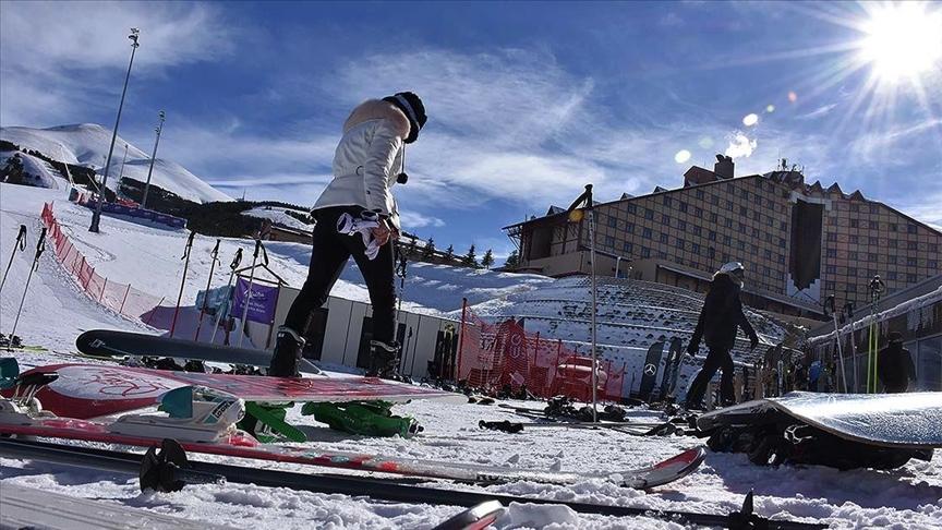 81 il valiliğine kayak merkezlerindeki otellerde uygulanacak Kovid-19 tedbirleriyle ilgili genelge gönderildi