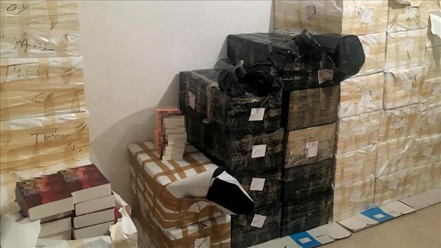 İstanbul'da 11 bin 500 korsan kitaba el konuldu!