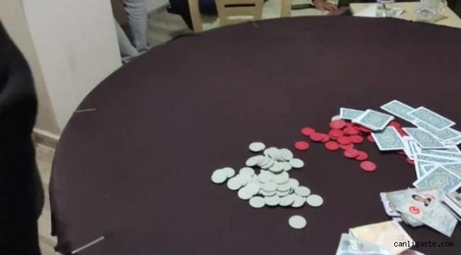 Kırşehir'de kiraladıkları evde kumar oynayan 45 kişiye 88 bin 650 lira ceza