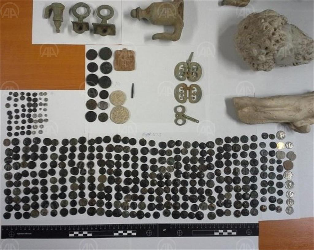 Anadolu'dan kaçırılan 412 tarihi eser Türkiye'ye getirildi!