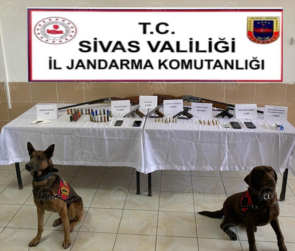 Sivas'ta Kaçakçılık ve Uyuşturucuyla mücadele