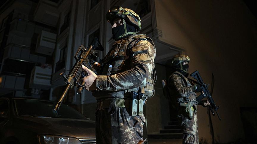 İstanbul'da terör örgütü DEAŞ'a yönelik operasyonda 10 kişi gözaltına alındı