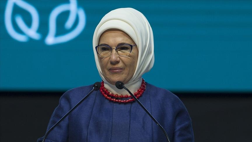 Emine Erdoğan: Kadın ruhunun yaşamın hamuruna katılmadığı bir gelecek eksiktir, yarımdır