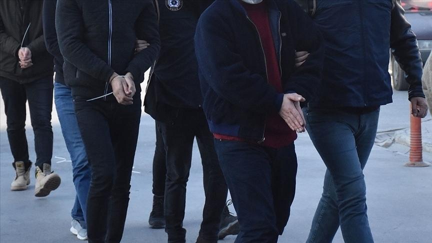 FETÖ'nün 'hakim-savcı sınav çalışma evleri' soruşturmasında 10 şüpheli gözaltına alındı