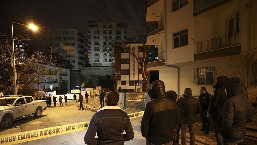Ankara'da çökme tehlikesi nedeniyle 8 katlı bina boşaltıldı