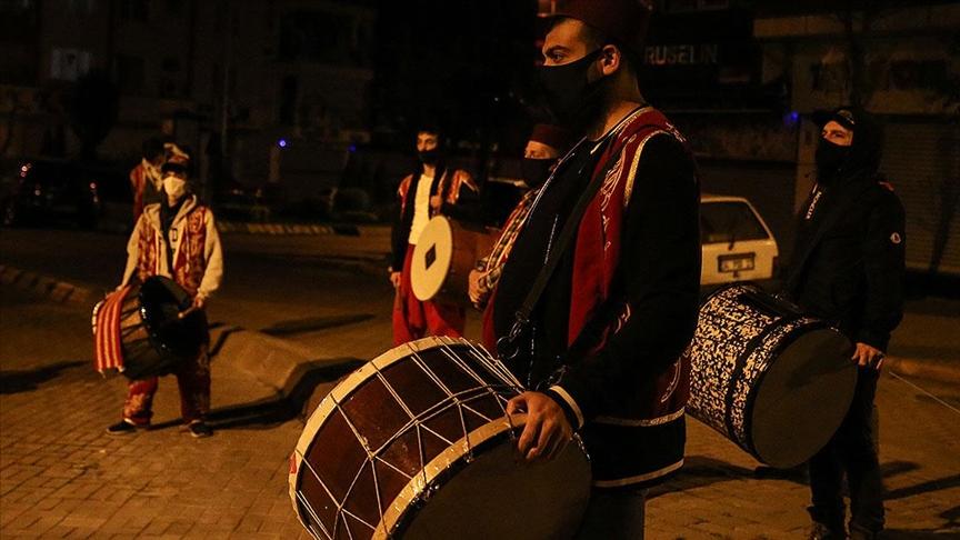 İstanbul'da ramazanda 3 bin 200 davulcu görev alacağı belirtildi