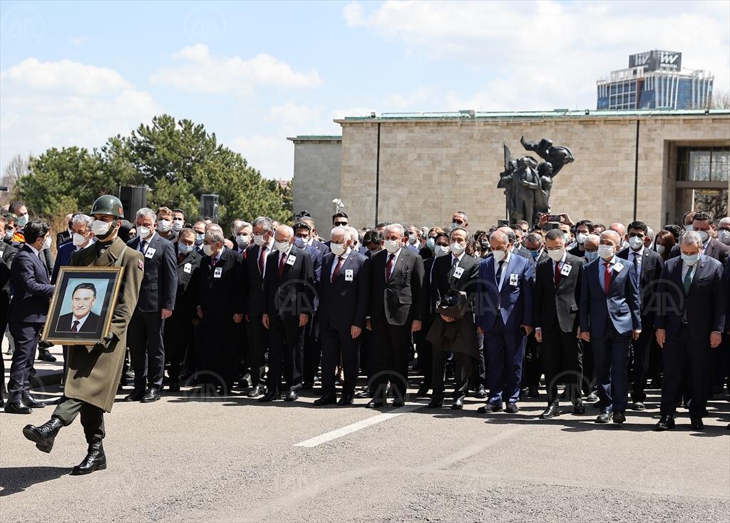 Eski TBMM Başkanlarından Yıldırım Akbulut için TBMM'de cenaze töreni