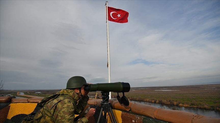 Türkiye'den Suriye'ye geçmeye çalışan PKK'lı terörist Akçakale sınırında yakalandı