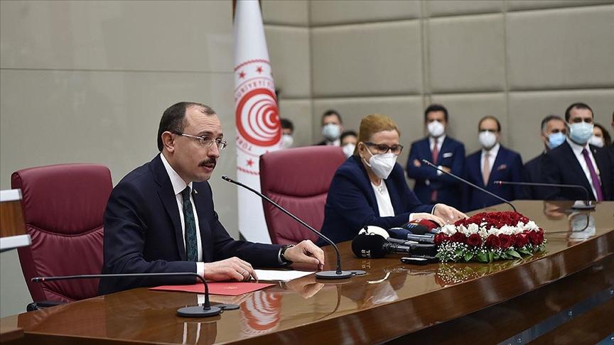 Ticaret Bakanı Muş: Bize düşen görev üreten, büyüyen Türkiye vizyonumuza katkı sunmaktır
