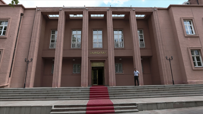 Yargıtay, midesinde kokainle Türkiye'ye giriş yapan kişinin 'uyuşturucu ithal etme' suçunu işlediğine hükmetti