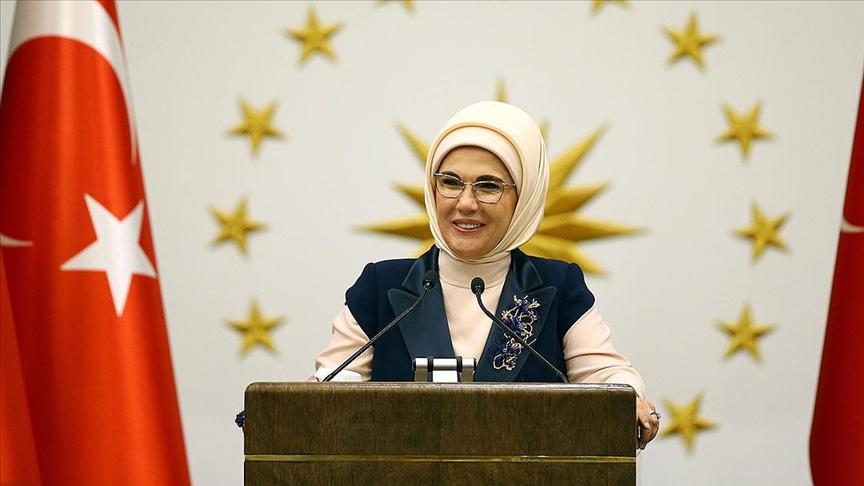 Emine Erdoğan: Kadir Gecesi, yolumuzun Kur'an nuruyla aydınlanmasının başlangıcıdır