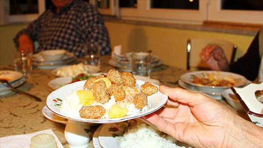 Sağlık ve şükür ayı ramazanın son iftarı Edirne'de yapılacak!