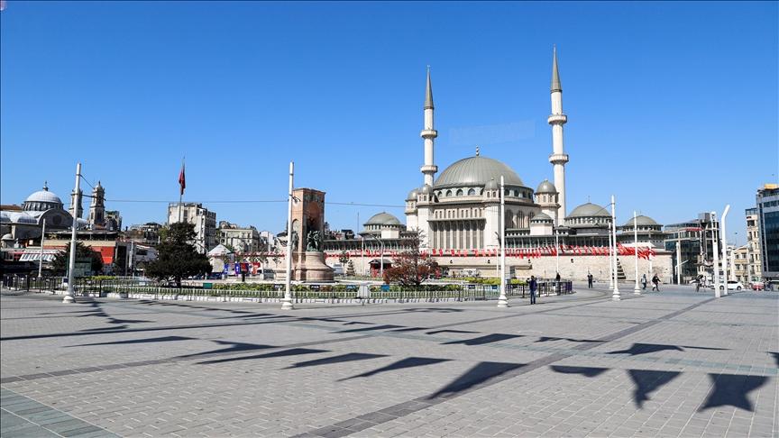 İstanbul'da Ramazan Bayramı'nın ilk günü sakin geçiyor