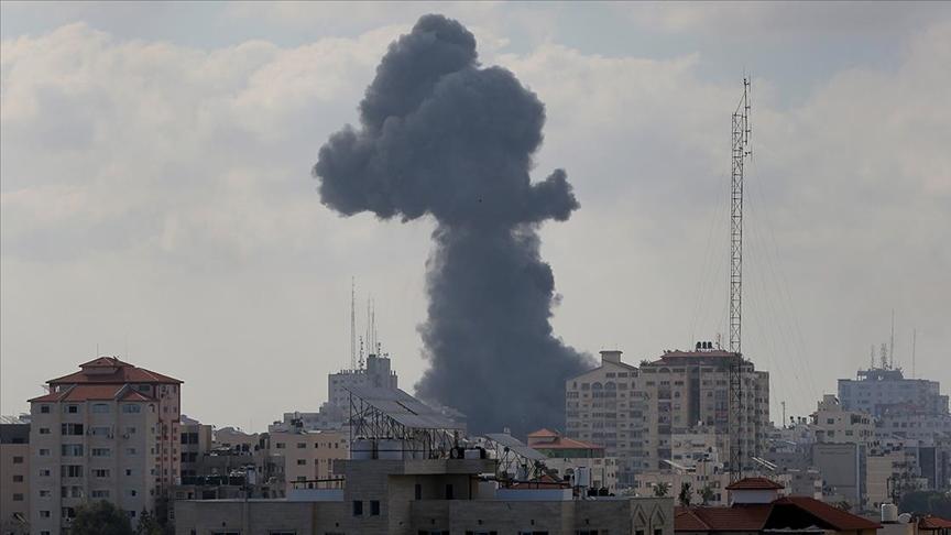 İsrail, Gazze'ye hava saldırılarına yeniden başladı!