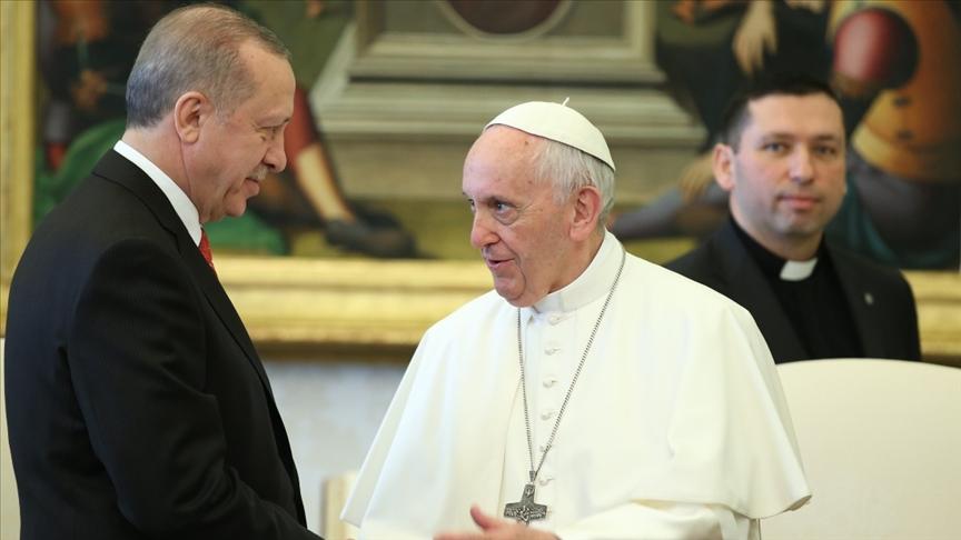 Cumhurbaşkanı Erdoğan Papa Fransuva ile telefonda görüştü