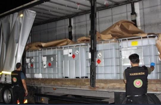 Kapıkule Sınır Kapısı'nda 16 ton 150 kilo asit anhidrit ele geçirildi!