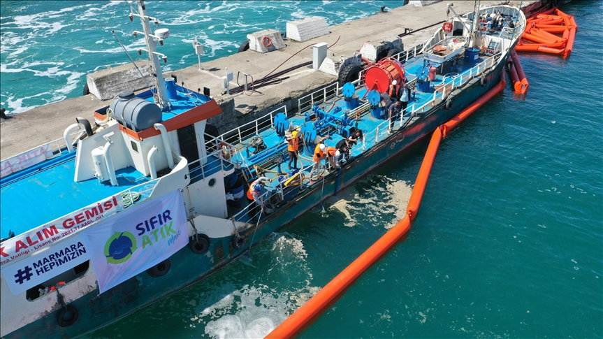 Kurum, Marmara Denizi'nden 11 günde 4 bin 202 metreküp müsilaj temizlendiğini bildirdi