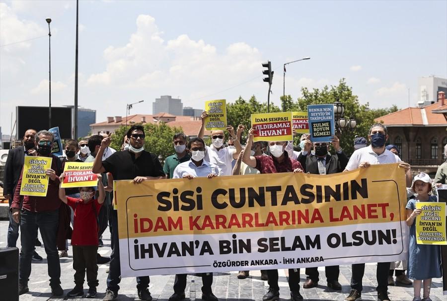 Mısır'da darbe karşıtı 12 kişi hakkında verilen idam cezası kararı Ankara'da kınandı